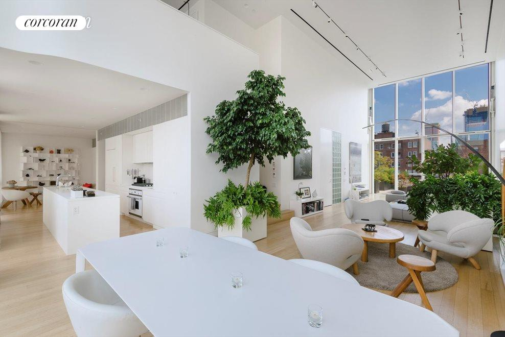 Living Room with 20' ceilings