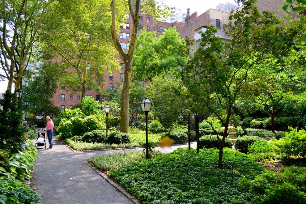 New York City Real Estate | View 45 Tudor City Place, #305 | room 7