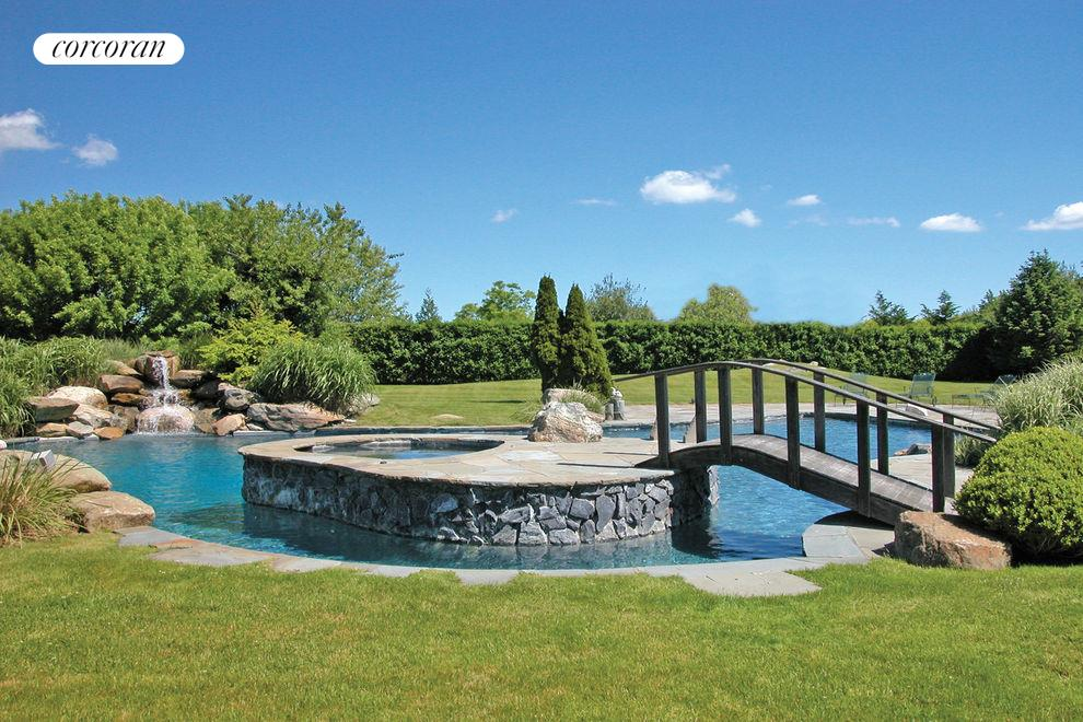 Corcoran, Stunning Water Mill South, Water Mill Rentals, South Fork ...