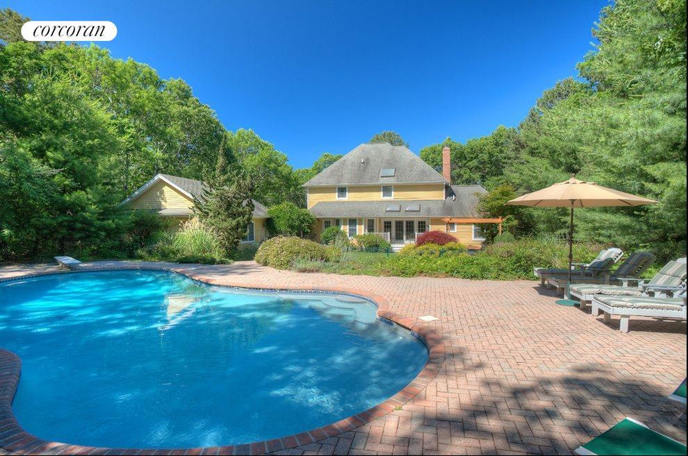 Sunny pool & patios