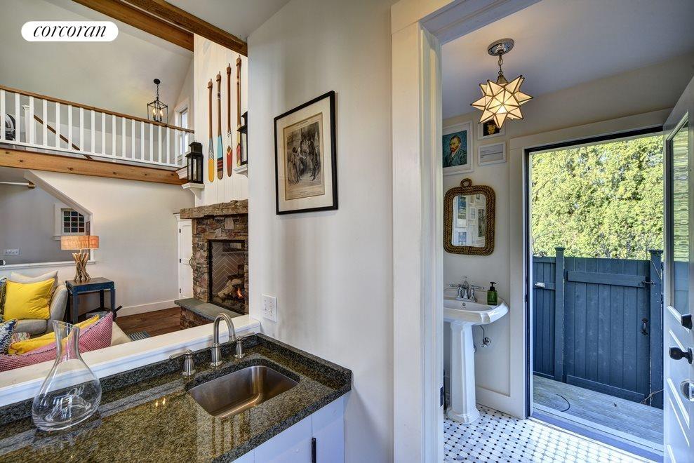 Wet Bar, Bathroom & Outdoor Shower