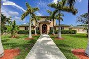 804 East Marbella Lane, Lantana