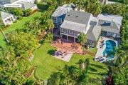15 South Lake Trail, Palm Beach