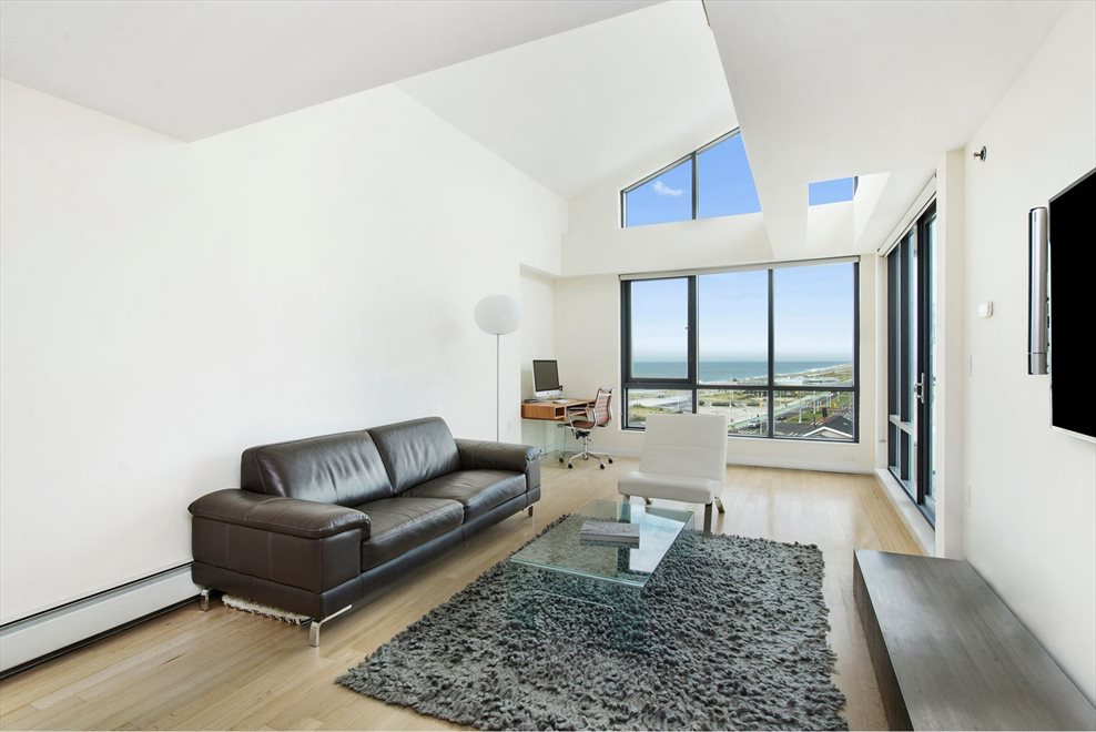 New York City Real Estate | View Shore Front Pkwy | room 1