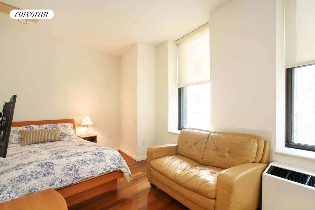 1 WALL ST COURT, Apt. 1106, Financial District