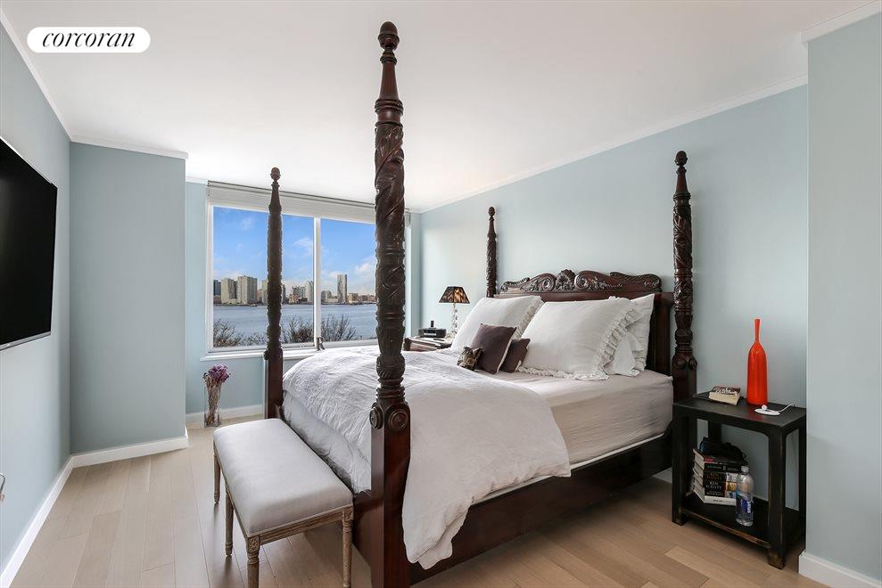 Master Bedroom with Direct River Views
