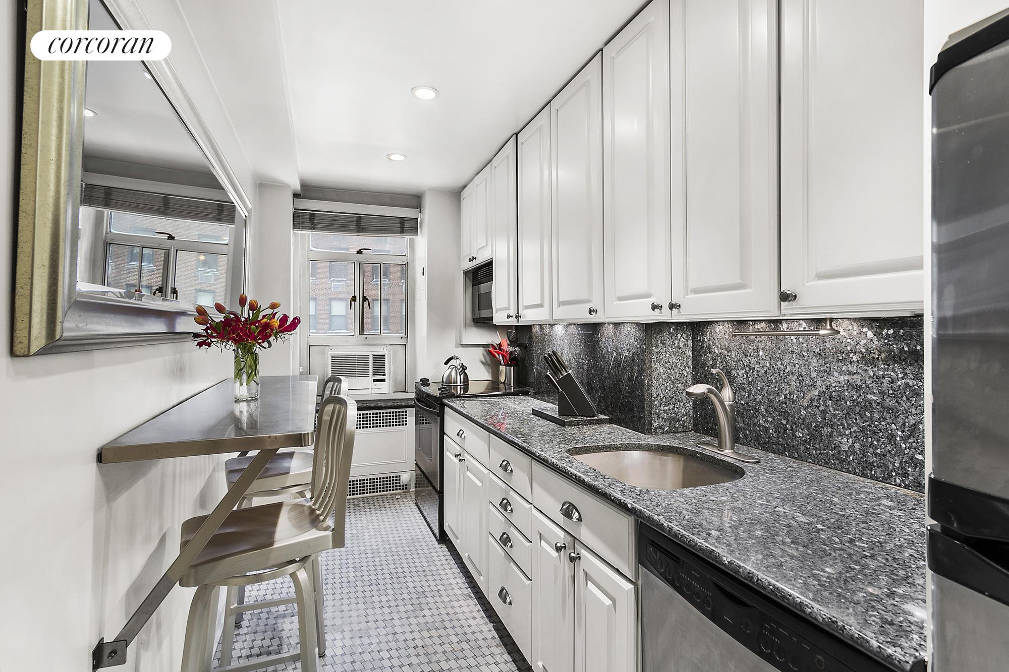 Corcoran, 19 East 88th Street, Apt. 7H, Carnegie Hill Real Estate ...