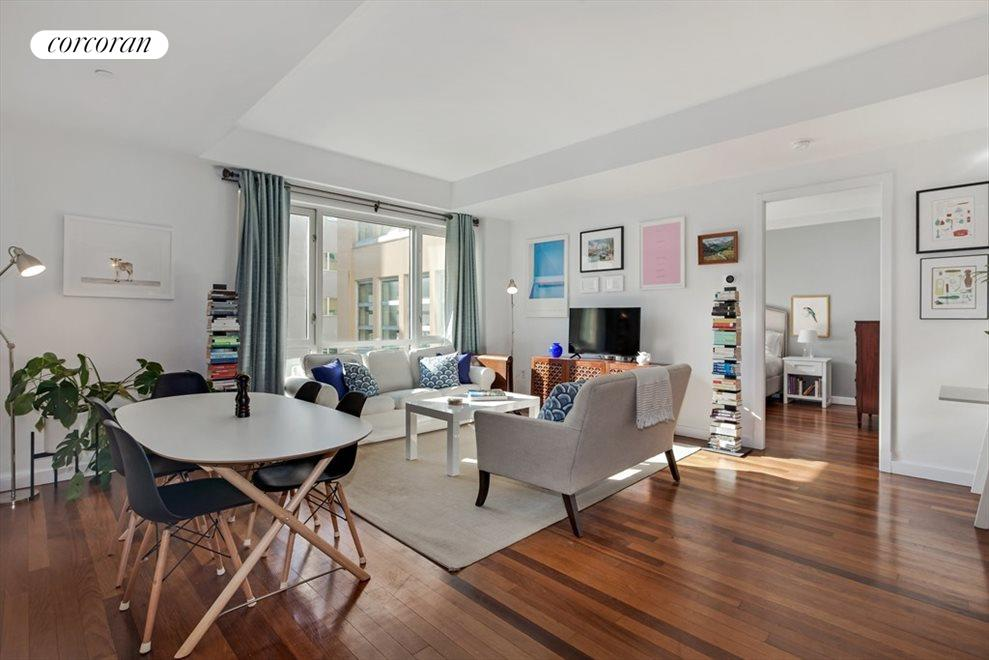 Bright Spacious Split-Bedroom Layout