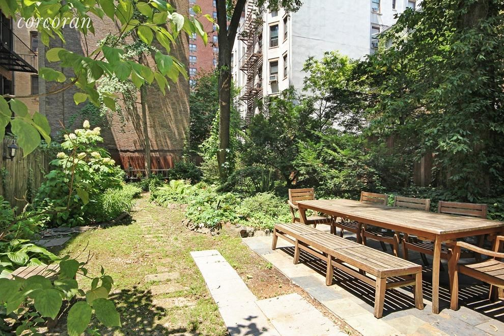 Corcoran 31 west 93rd street apt 1b upper west side for Rose real estate nyc