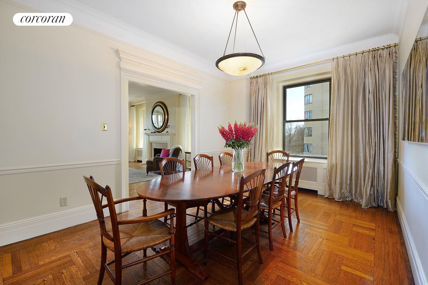 137 Riverside Drive, 3B, Living Room
