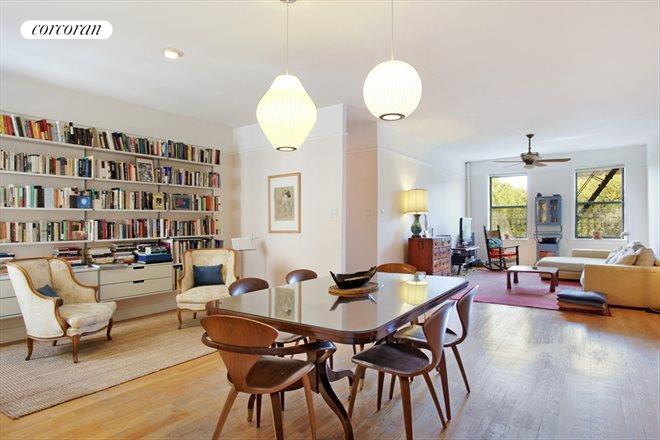 255 Eastern Parkway, D15, Sprawling living spaces....