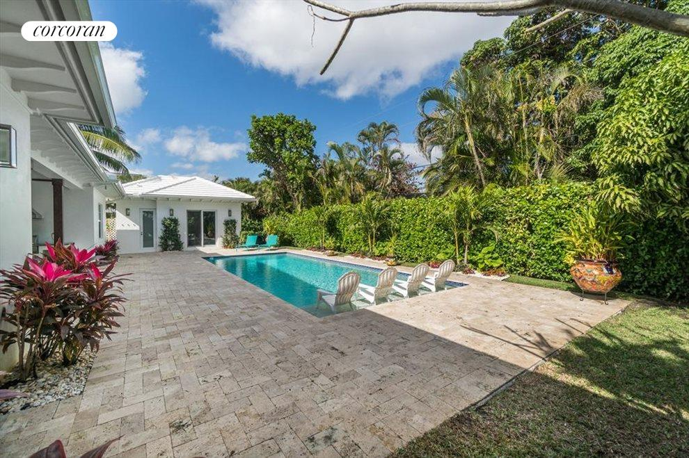 South Florida Real Estate | View 211 NW 16th | room 31