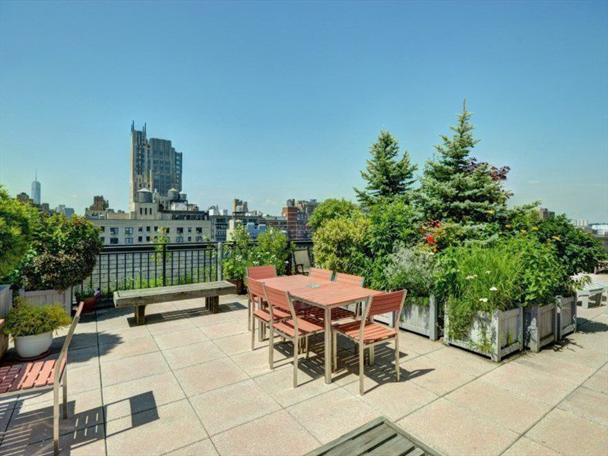 New York City Real Estate | View West 21st Street | room 6