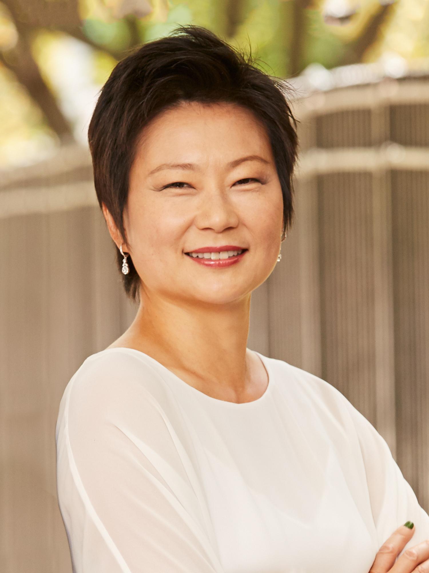 Watch Irene Chen video