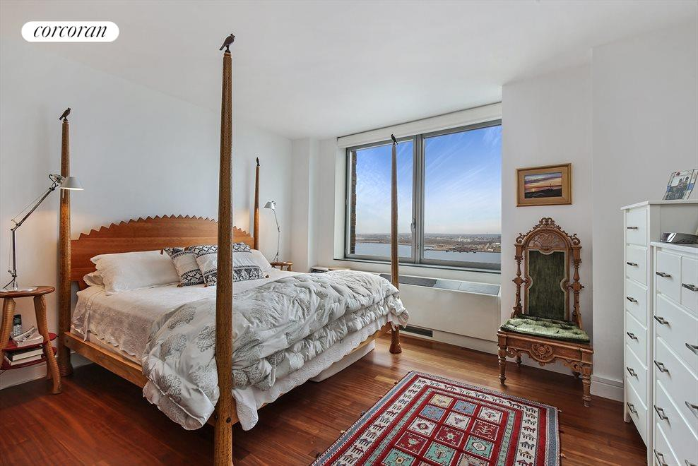 Master Bedroom with Direct Hudson River Views