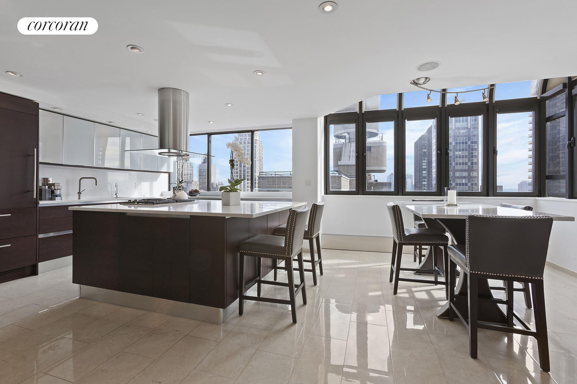 303 East 49th Street, PH22/23, Outdoor Space