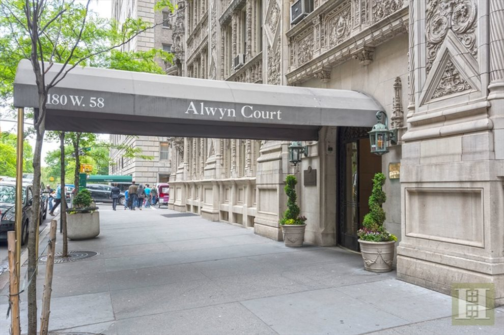 New York City Real Estate | View West 58th Street | room 7