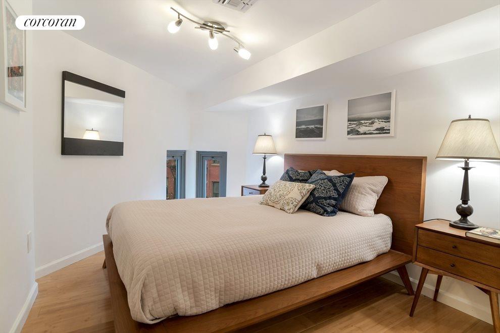 Home office / Guest bedroom