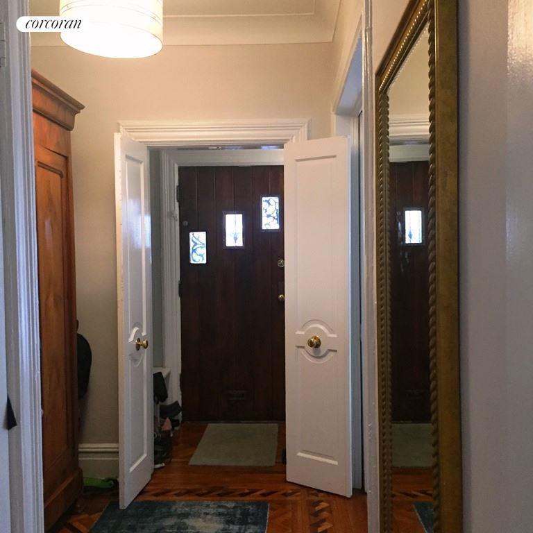 230 Stratford Road, #1, Living Room