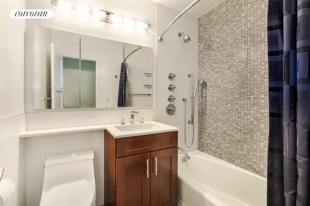 Renovated Full 2nd Bathroom