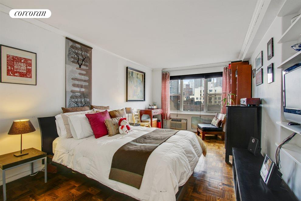 New York City Real Estate | View 440 East 79th Street, #9F | Bedroom
