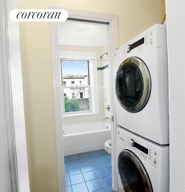 Washer Dryer and Bathroom 1