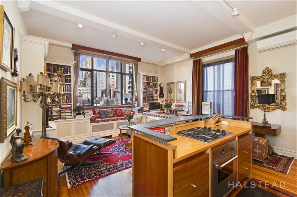 New York City Real Estate | View West 67th Street #6RE | room 4