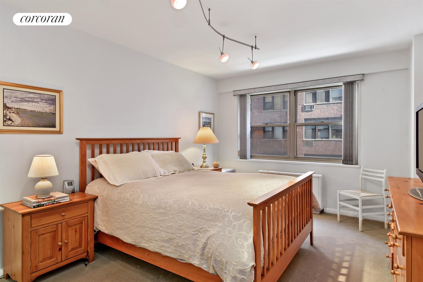 211 East 53rd Street, 7C, Oversized Living Room with Dining L