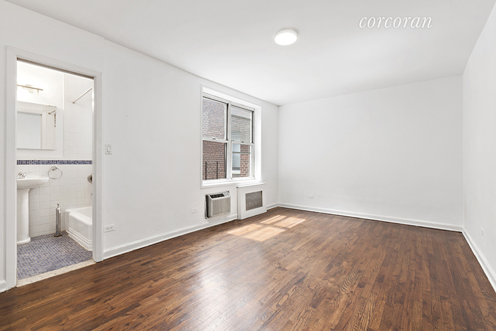 101 West 23rd Street Interior Photo