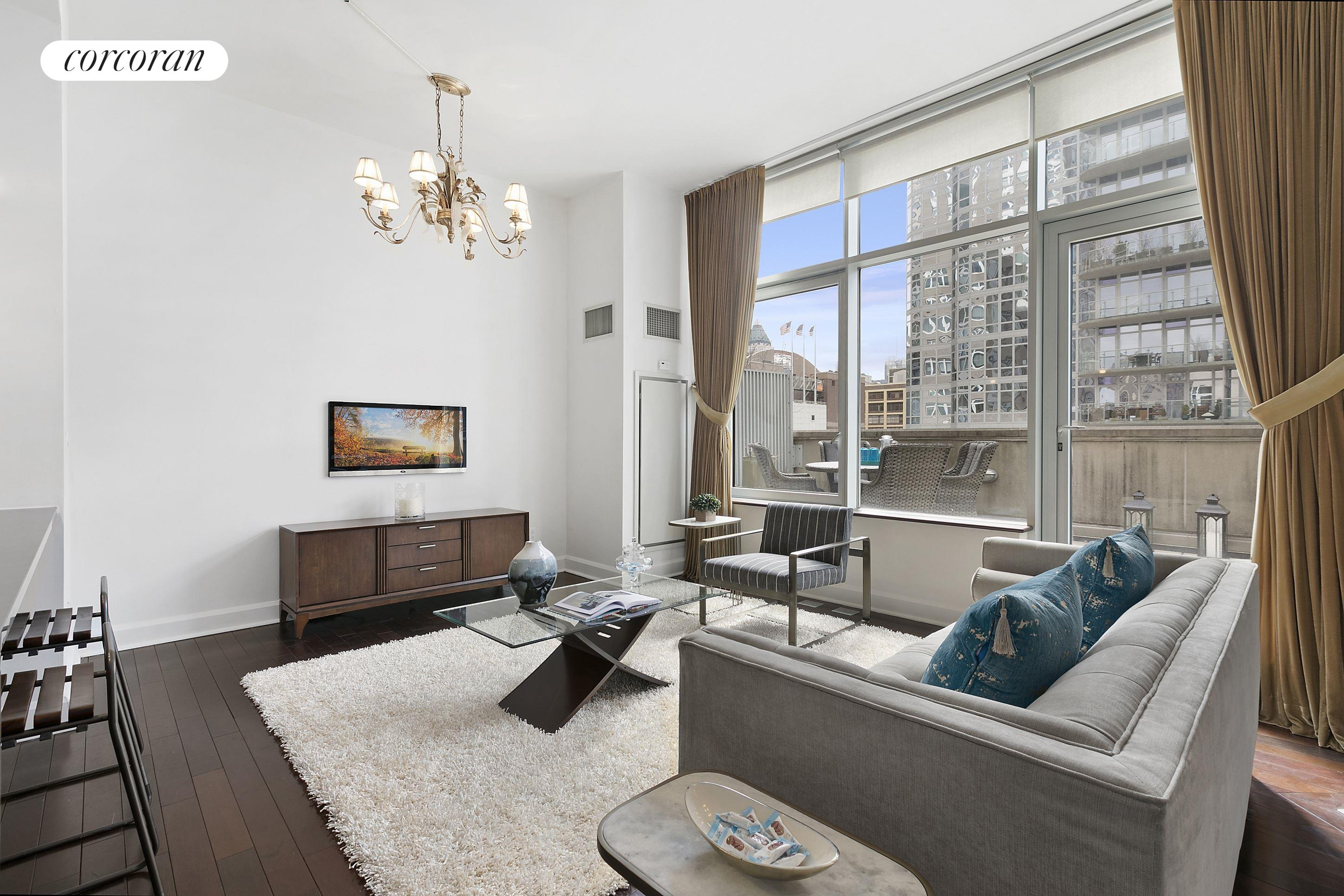 243 West 60th Street, 7C, Living Room