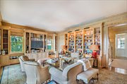 1197 N Lake Way, Palm Beach