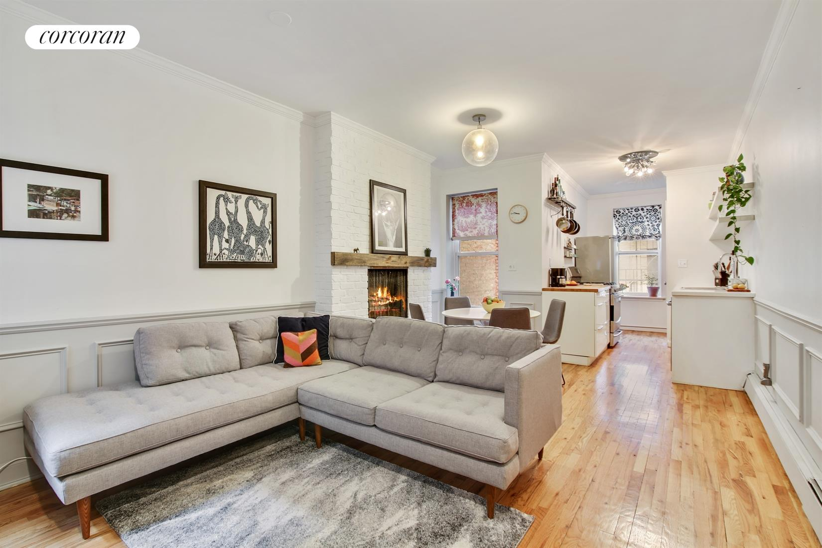 511 12th Street, 2L, Living Room