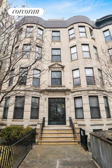 213-215 Eastern Parkway, Prospect Heights