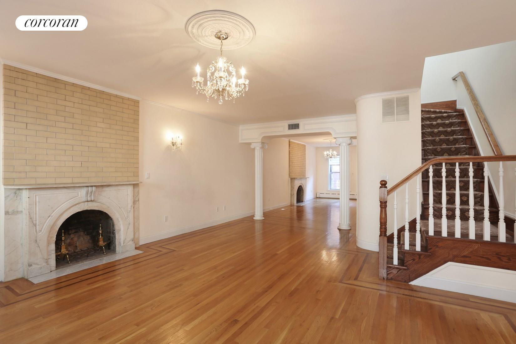 220 East 30th Street, 2-3, Living Room/ Dining Room