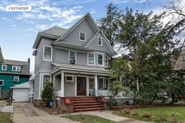 654 East 17th Street, Ditmas Park