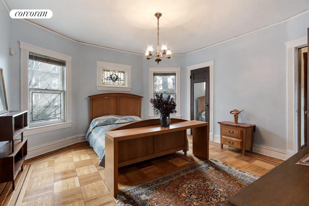 Grand master bedroom