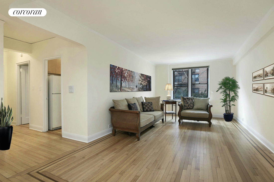 736 West 186th Street, 4B, Dining Room / Living Room