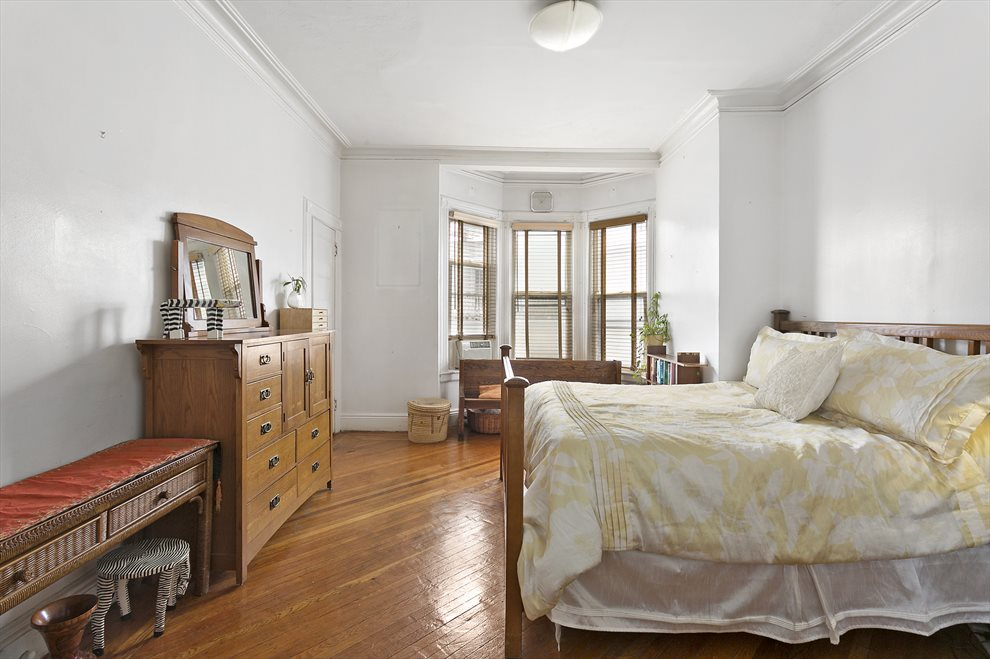 New York City Real Estate | View 293 East 18th Street | room 2