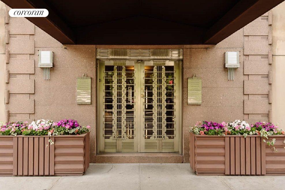 Entrance to 25 Central Park West