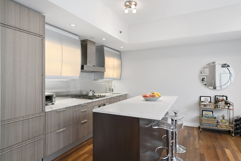 New York City Real Estate | View 8 Union Square South, #6B | room 2