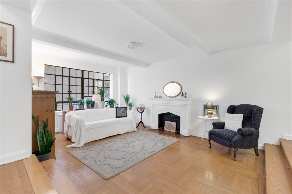 New York City Real Estate | View West 90th Street | room 1