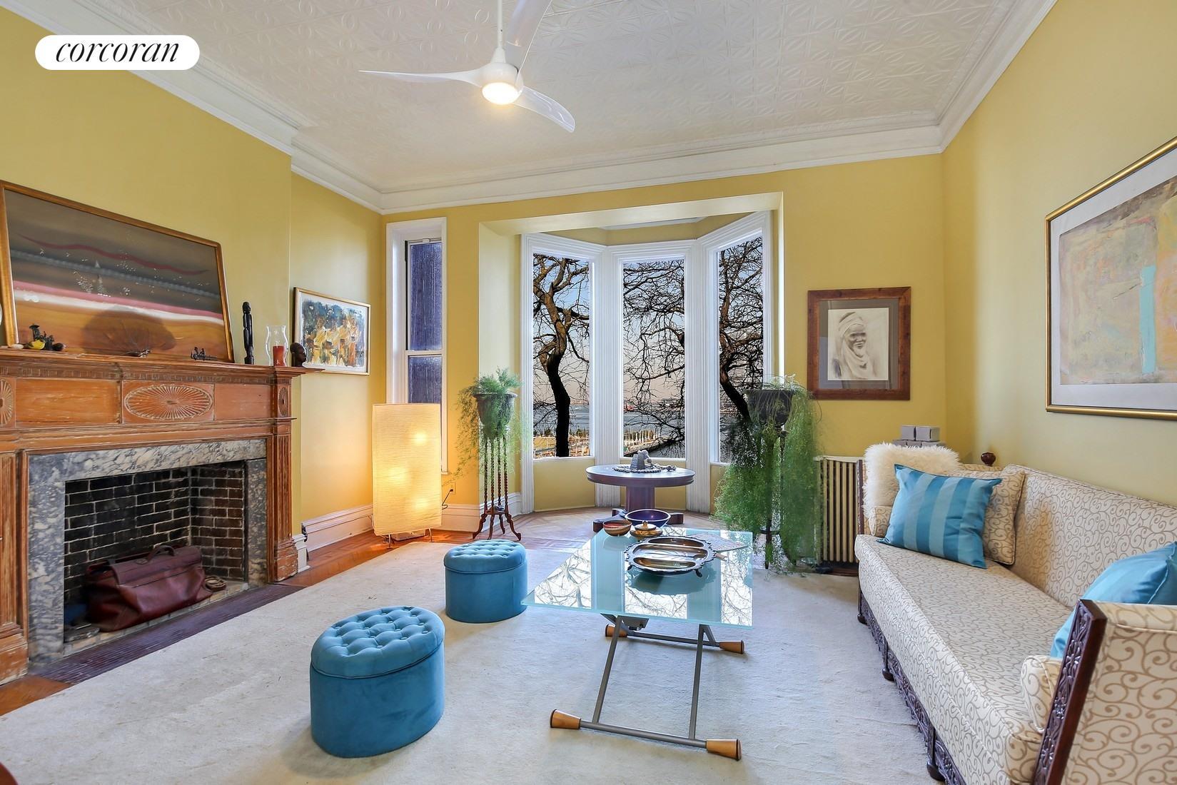 162 Columbia Heights 2 Living Room