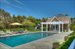 Sagaponack, Privacy hedges and pool house