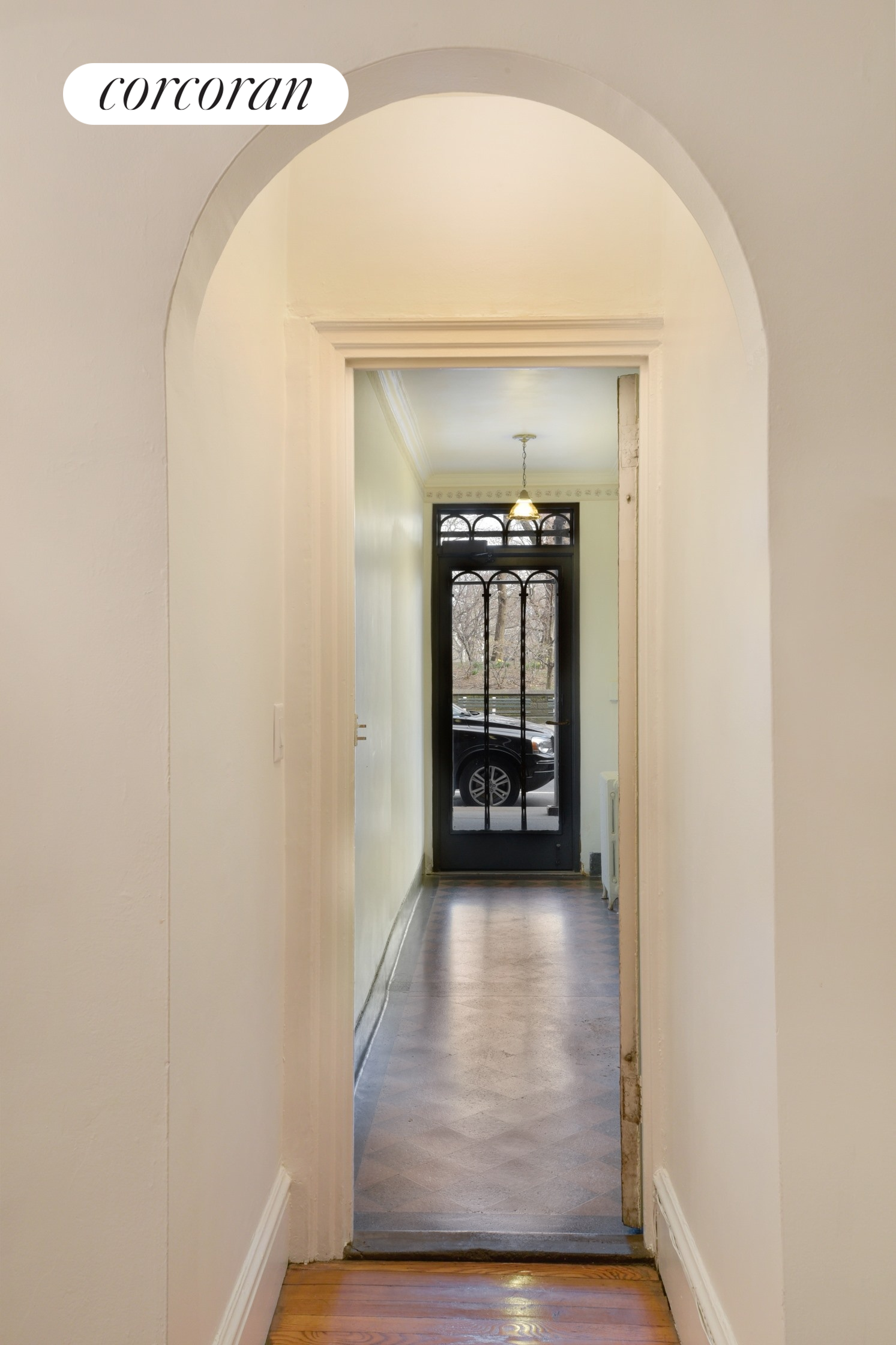 91 Central Park West, 1B, Gracious Entry Foyer