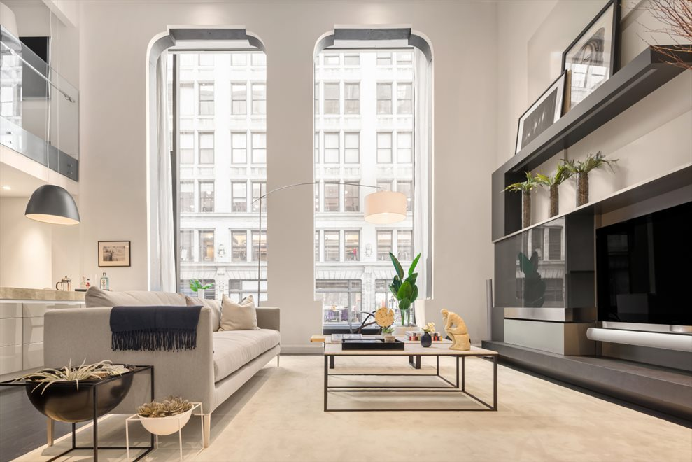 New York City Real Estate | View Union Square West | room 1
