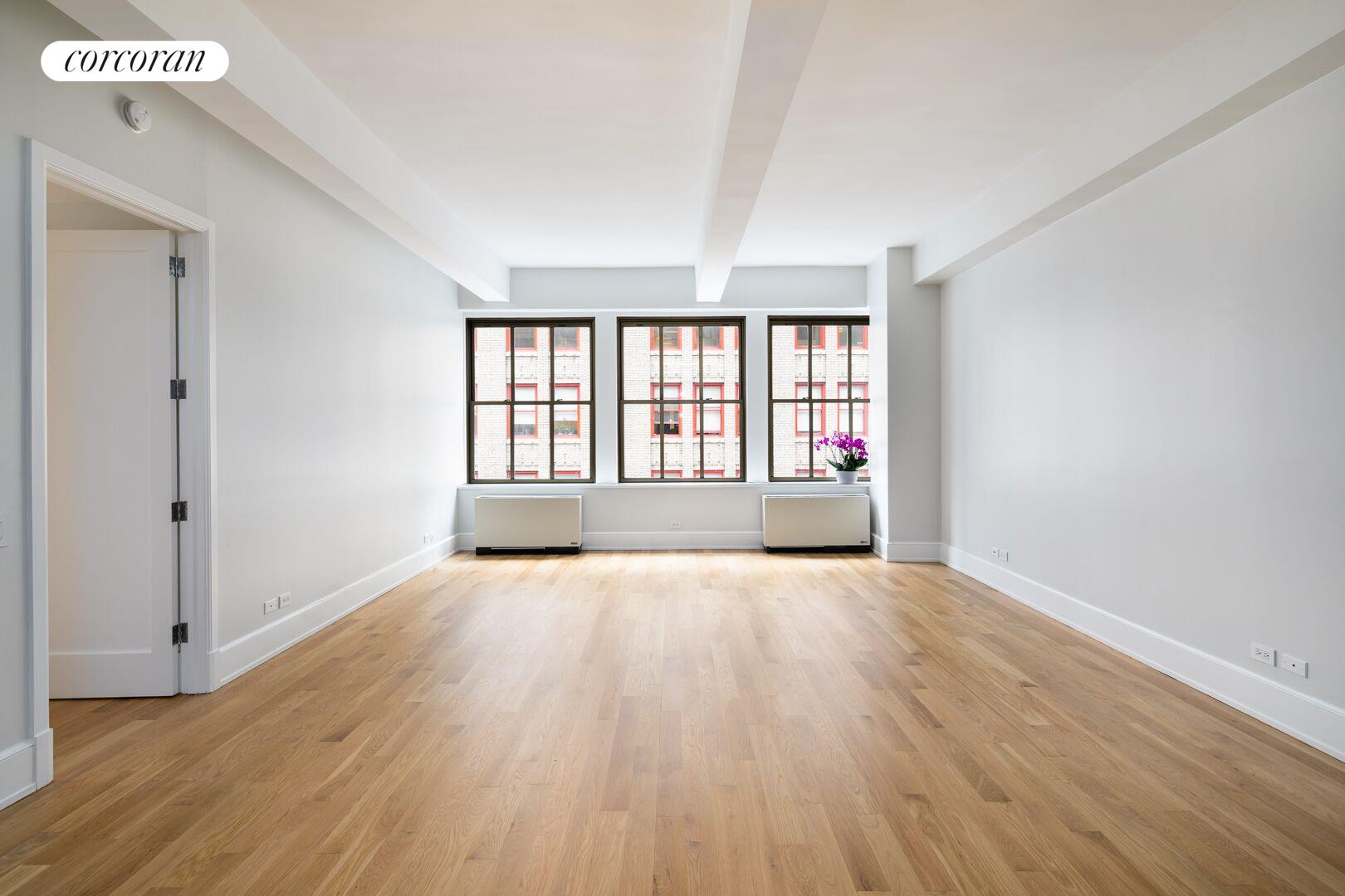 130 West 30th Street, 7A, Living Room