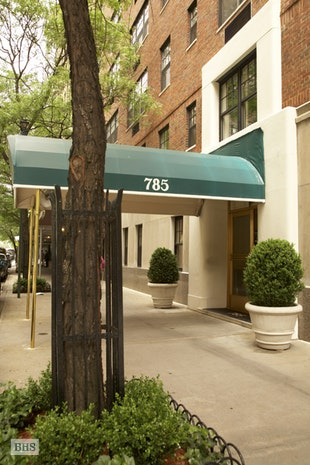 785 Park Avenue, Office, Building Exterior