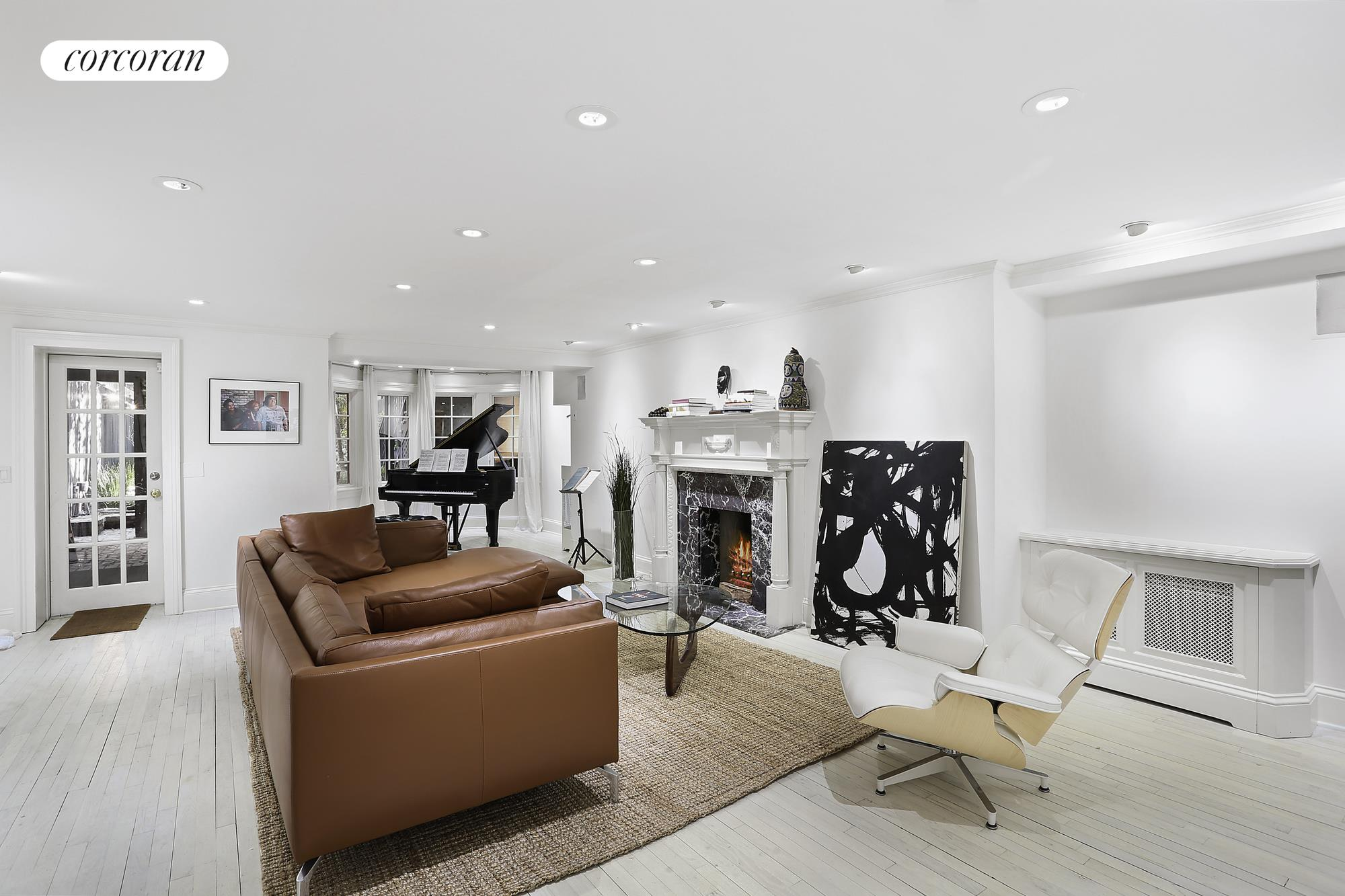 112 West 13th Street, Living Room