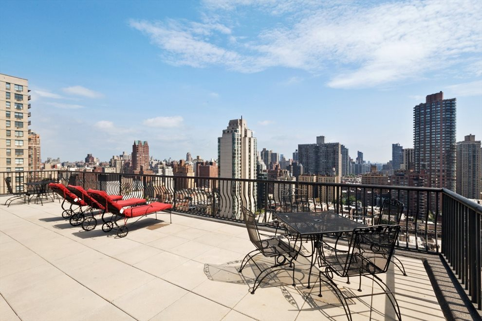 New York City Real Estate | View East 74th Street | room 11