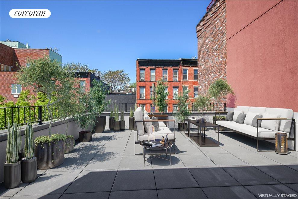 Expansive Roof Deck